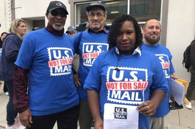 Postal Workers Claim Privatization Plans Would Harm Immigrants