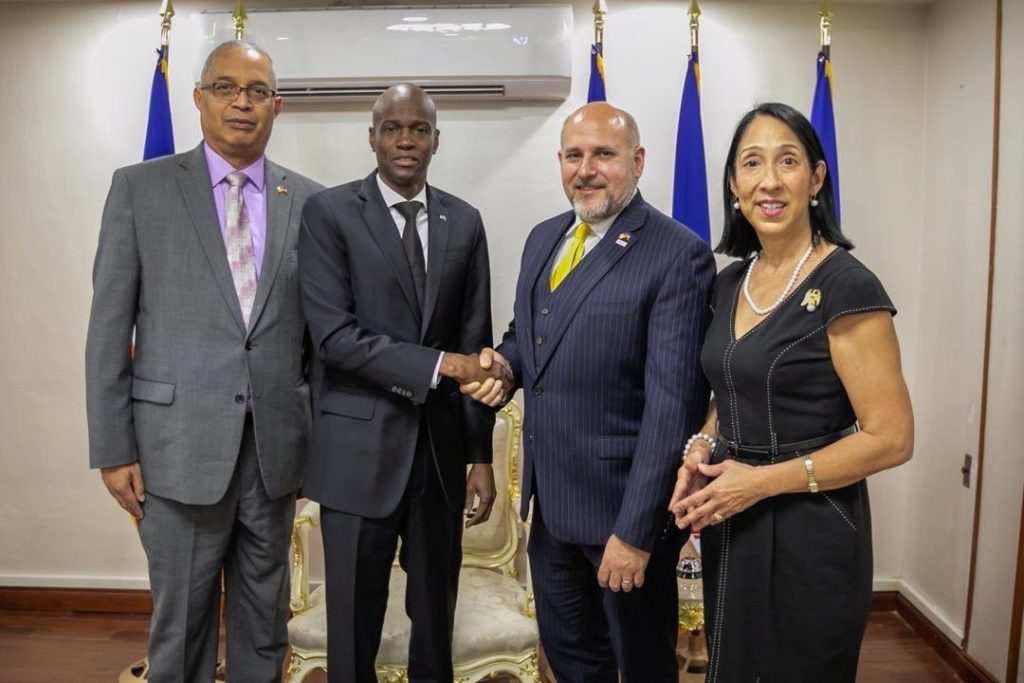 US Representatives meet with Moïse to discuss priorities