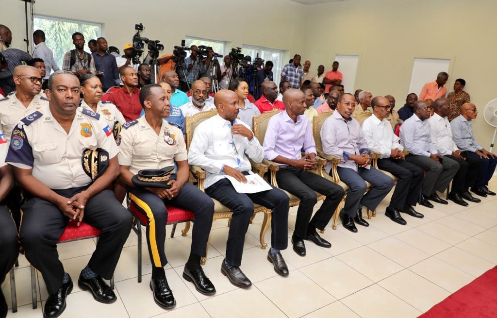Jovenel Moise promises to meet police demands